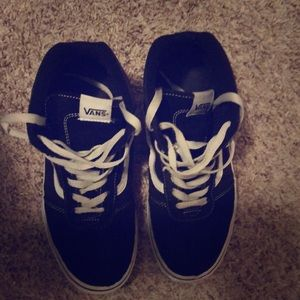 Vans shoes black with white stripes